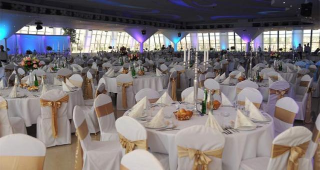 Kako je bilo za doček Nove godine u restoranu Stadion Hall