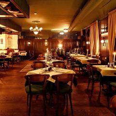 restoran-zlatni-bokal-docek