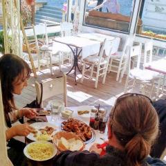 restoran-zlatni-bokal-matine-docek