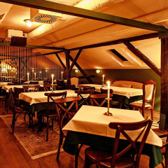 restoran-zlatni-bokal-matinee-docek